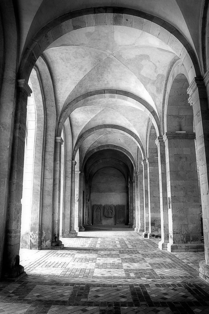 Abtei Eberbach rechtes Seitenschiff (1 von 1)